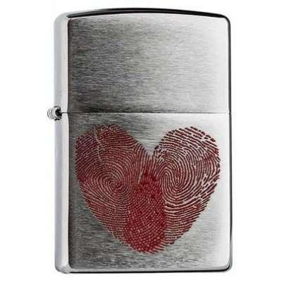 Зажигалка Zippo Heart Thumbprints 29068